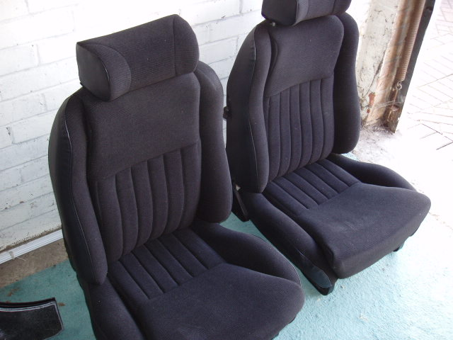 Mk2 Ford Escort Scheel Roll Top Seats By Classictrim